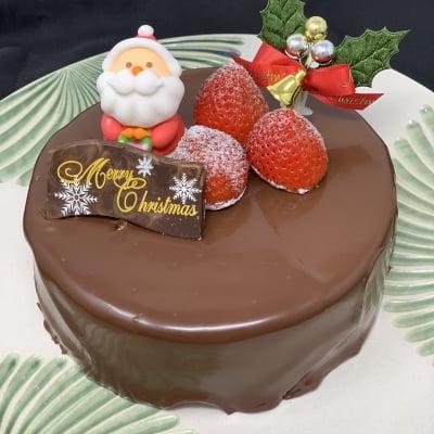 【店頭受け取り専用】チョコと木苺のクリスマスケーキ6号(8人から10人用)