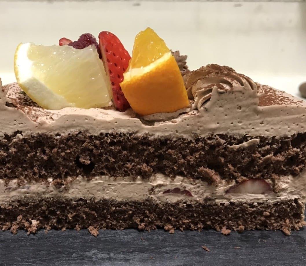 【前日までの予約専用】 誕生日ケーキチョコ生クリーム4号のイメージその2