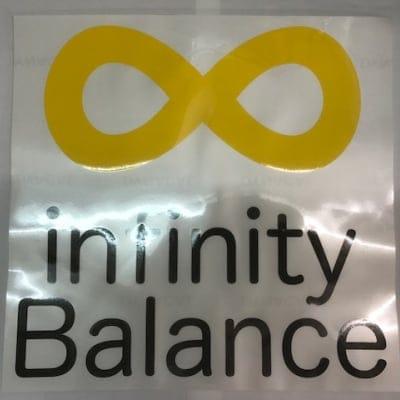 infinityBalanceカッティングステッカー正方形黒文字/300mmX300mm