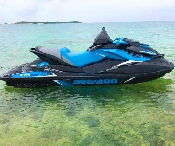 無人島ジェットスキー(水上バイク)ツアーのイメージその2
