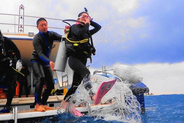 【沖縄・那覇】海ガメに逢える!?初心者でも安心の体験ダイビング1回(国立指定公園慶良間諸島コース)のイメージその5