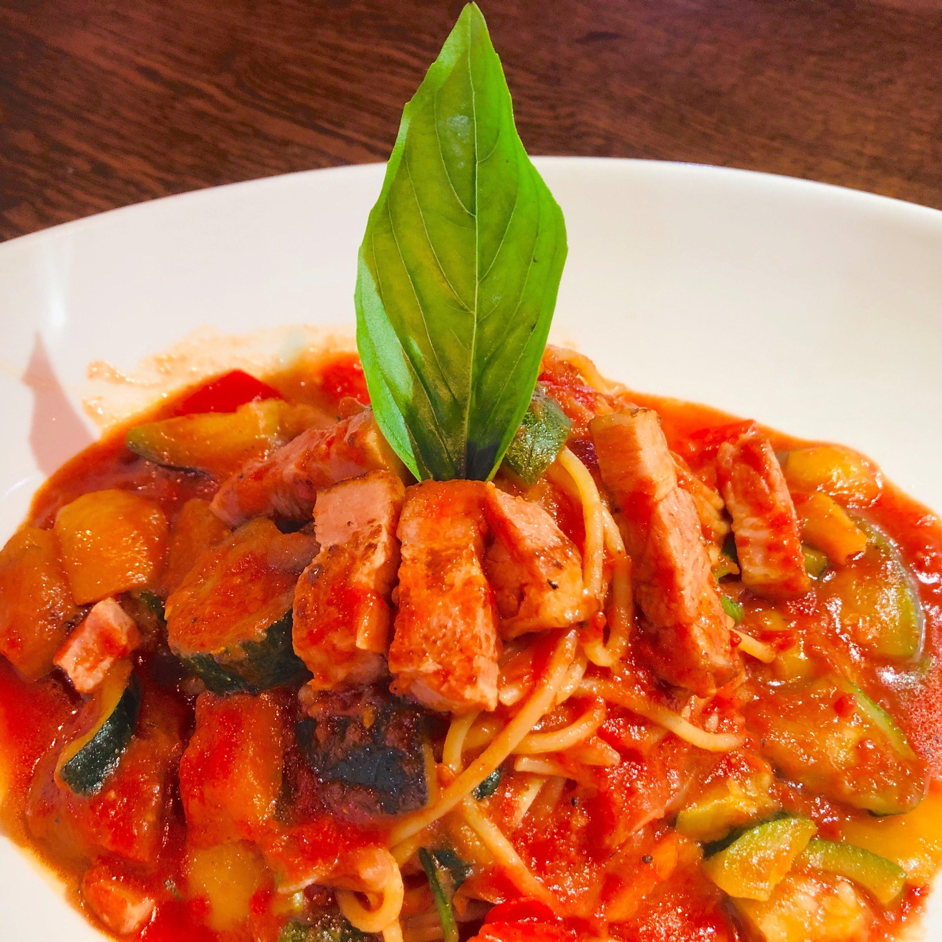 【パスタ】野菜トマト(厚切りベーコン、グリル野菜、ほうれん草)《店内注文》のイメージその2