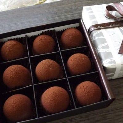 生キャラメルショコラ9個入/生キャラメルの甘さと生チョコの口の中で溶けるほろ苦さのコラボレーション