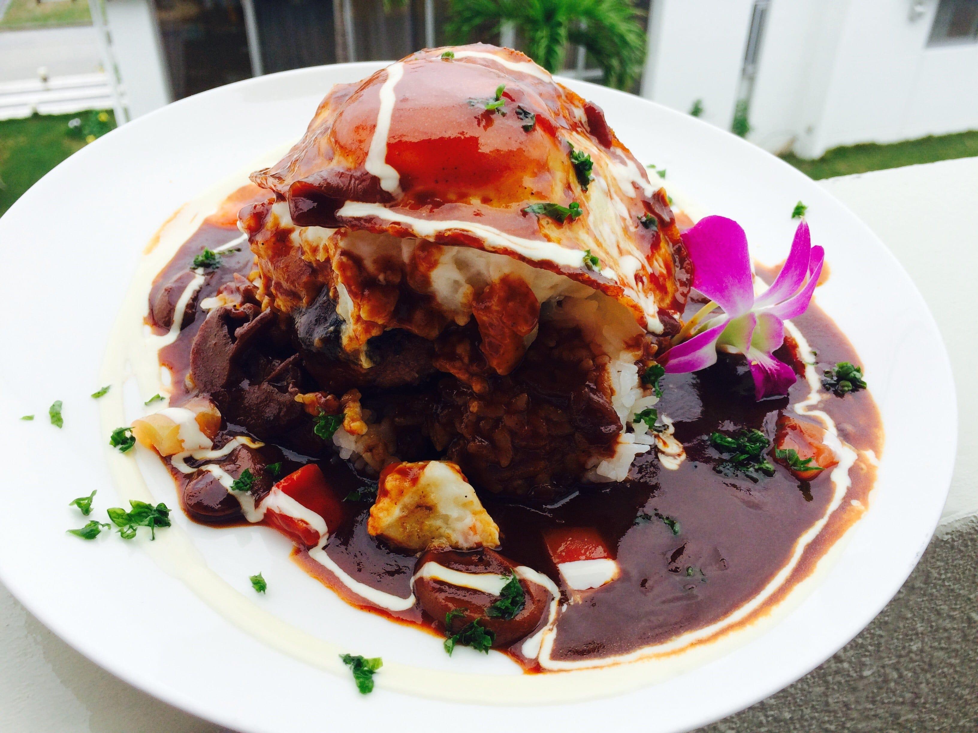 「Hawaiian Cafe Dining KOA」お得なウェブチケット (ロコモコSET&ドリンク通常1860円→1000円)のイメージその1
