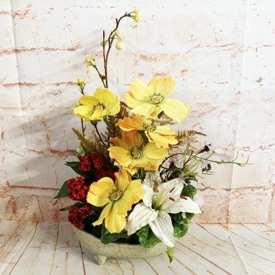 《送料無料》【季節のアレンジメント・秋】爽やかな黄色いコスモスの小さなかわいいアレンジメントフラワー/置き70