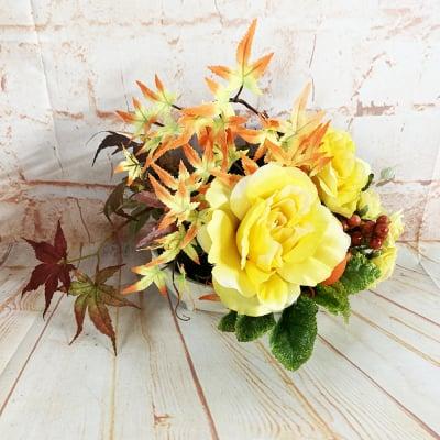 《送料無料》【季節のアレンジメント・秋】秋色のもみじとバラの小さなかわいいアレンジメントフラワー/置き79