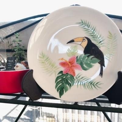 【横浜戸塚】1day塗り絵感覚でできる陶絵付け南国風のプレート制作