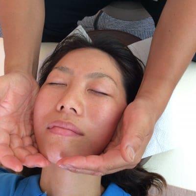 お顔整体コース あなたの第一印象を良くしましょう!お顔に疲れを残さない!偏った筋肉をつけない!