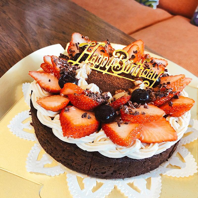 【バースデーケーキ】ガトーショコラチケット3300円/バースデーデコレーション(グルテンフリーケーキ15cm/5号)のイメージその2