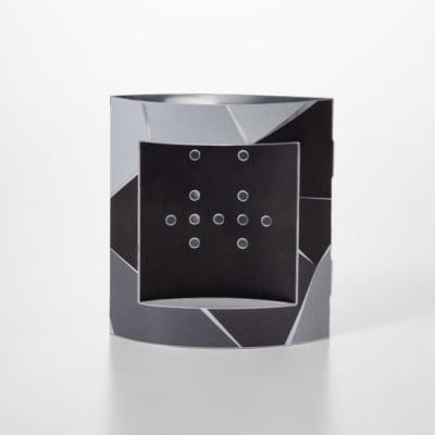ピアスのガクブチ Black パズル
