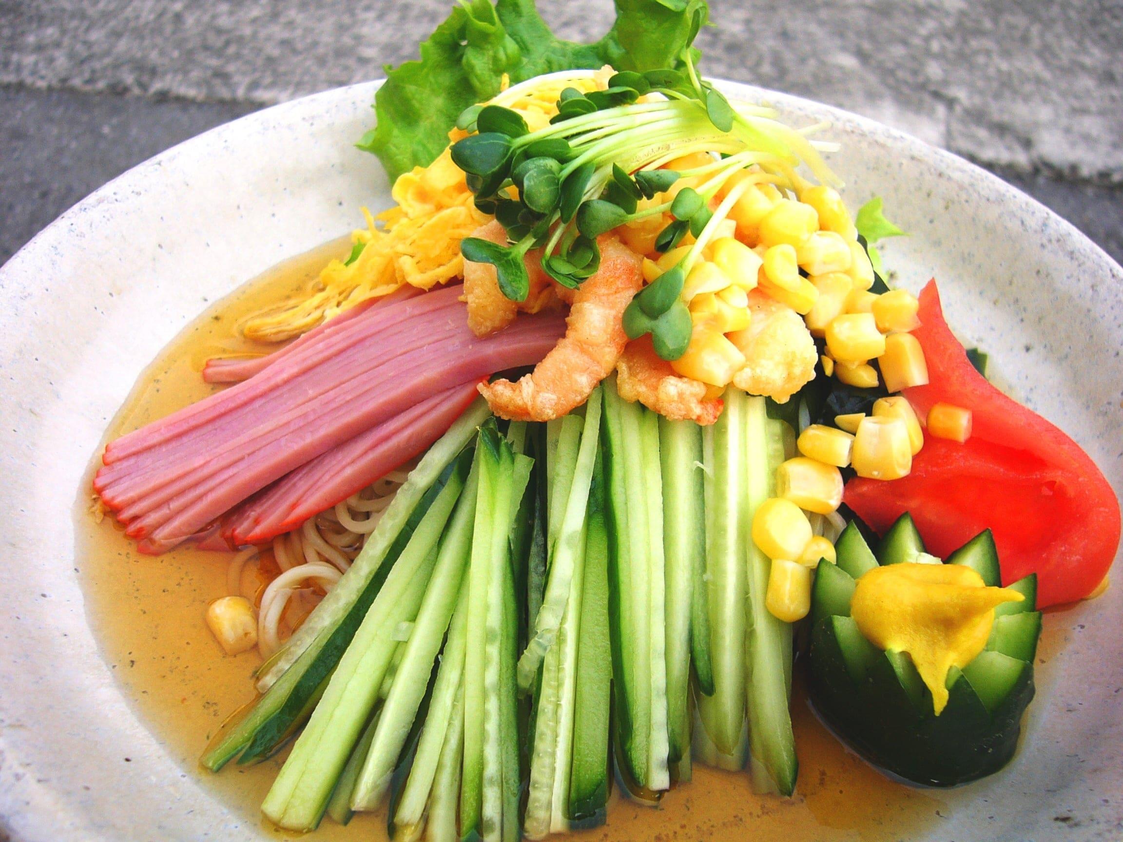 アスターの夏の麺〜冷麺〜 店舗価格より100円引き!のイメージその1