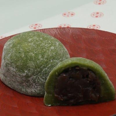 国産ヨモギの草大福 6個入り|もち米を蒸してつきあげた本物の大福もちです。|和製ハーブとも言われるヨモギで、美味しく健康に!