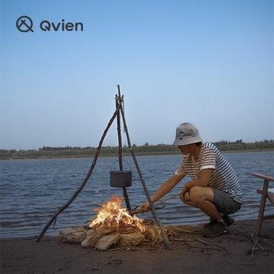 Qvien トライポッドリング 三脚作りアウトドア 焚き火台 チェーン付き フック装備 アルミ製 超軽量 収納ケース付き 革 レザーケース おしゃれ