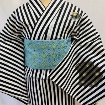 【高ポイント還元】オリジナル着物・浴衣 黒ストライプ花 かのうやよいデザイン 1点もの