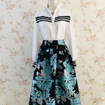 デートコーデ パーティーコーデ 張りのあるミモレ丈スカート 上品なミモレ丈スカート