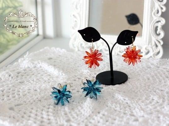 ◆◆レッスン◆◆ ダガービーズで作るコロコロまあるいピアス。お好きな色で作れます。のイメージその2