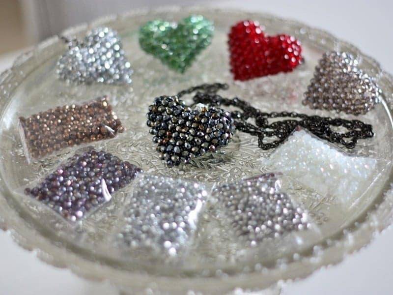 ◆◆レッスン◆◆ キラキラ輝くガラスビーズで作る大人の女性のためのハートペンダント!のイメージその2