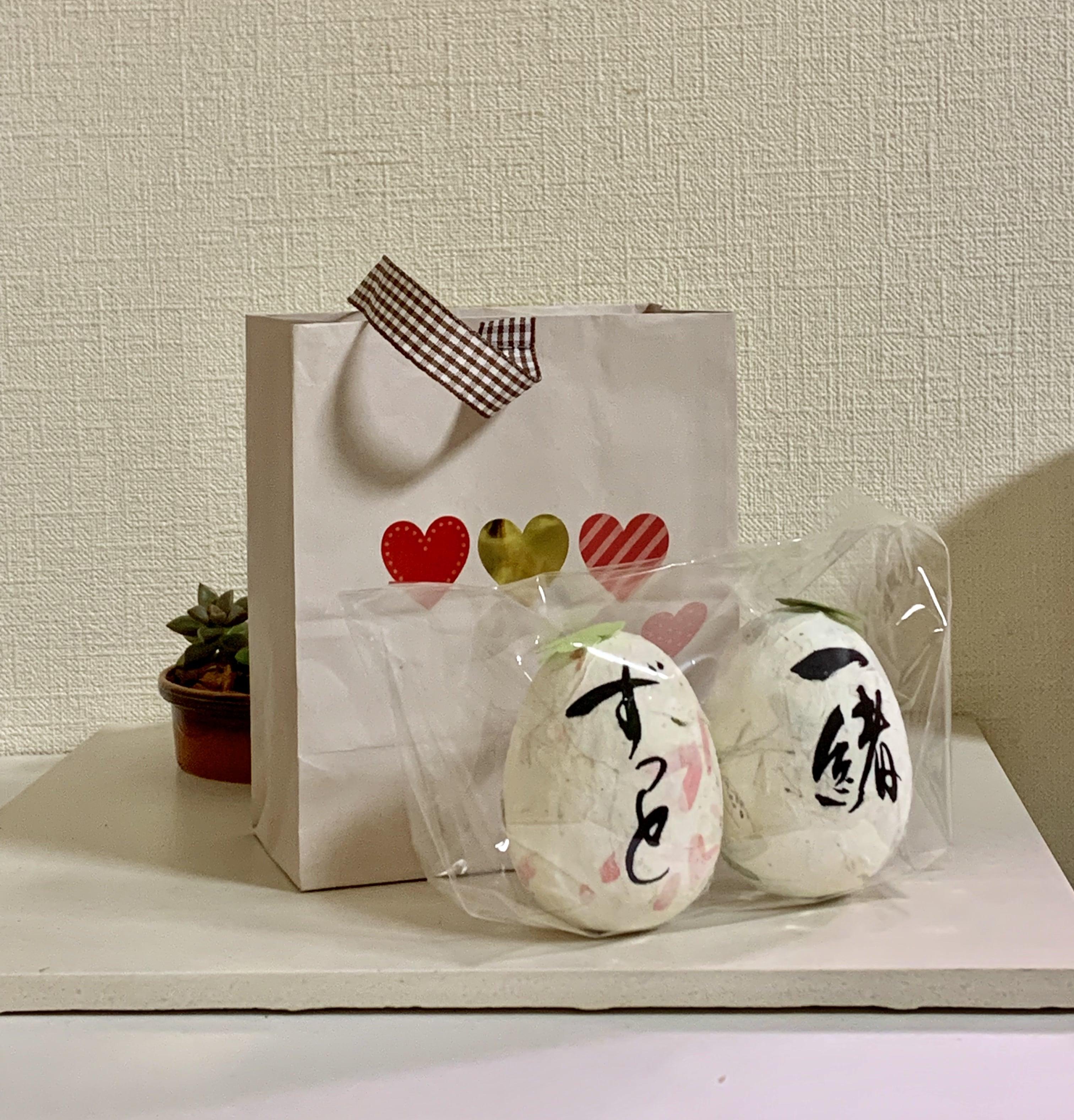ウエディング オリジナルギフト コロコロかわいい「ウエディングエッグ」卵サイズ身長7cm、重さ1個44〜45gのイメージその5