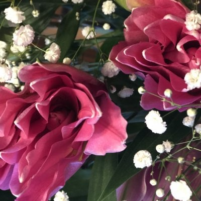 コロナ禍の今だからこそ花を飾って欲しい