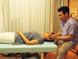頭痛整体  神戸市垂水区 はた整骨院 頭痛でお困りでしたら当院にお任せ下さい。