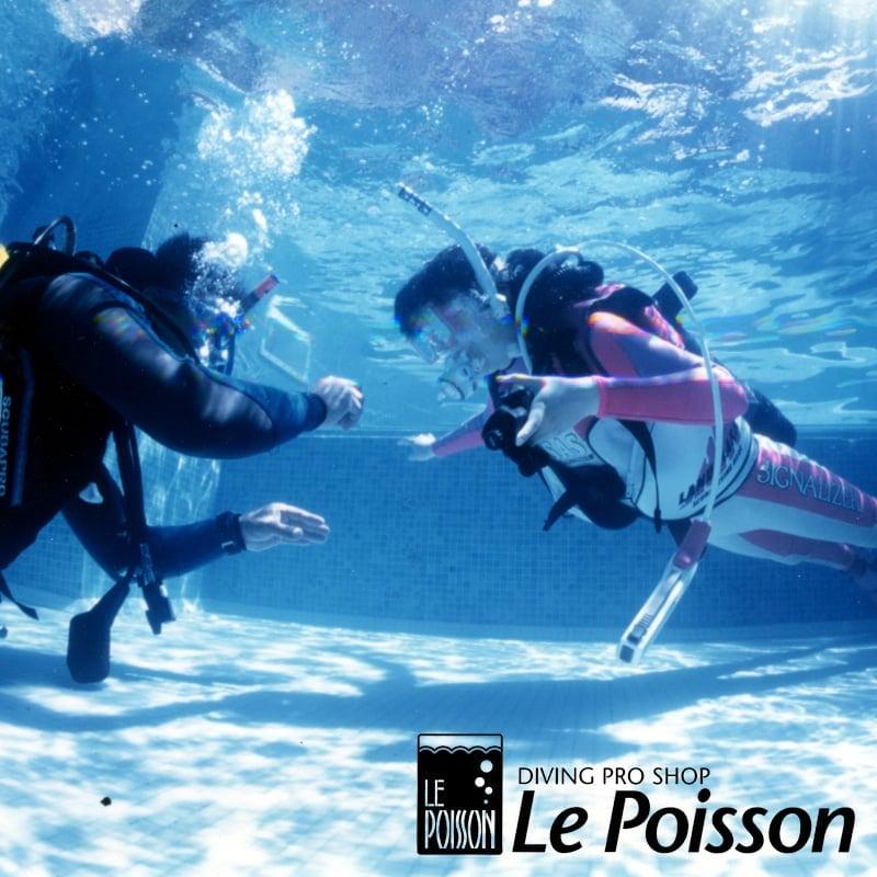 プールでの体験ダイビング < 午前 >のイメージその1