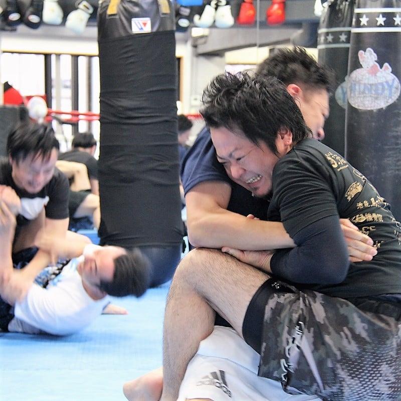 【総合格闘技】MMAグループレッスン(1ヶ月)+入会セット ※現地にて現金払いとなりますのイメージその1