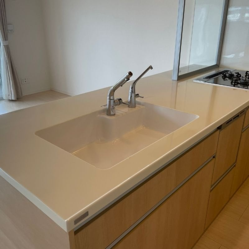 キッチンの超耐久ガラス被膜コーティング(新築住宅向け)汚れキズ防止のイメージその2