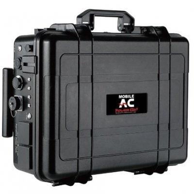 台風、地震、停電対策に最適。携帯型として日本国内最大容量のスーツケースタイプでキャスター付ポータブルリチウムイオン蓄電池 パワーバリューサーバー PVS-6000 オプションのUSBケーブルをつなぐと同時に60台のスマホ、タブレットを充電可能