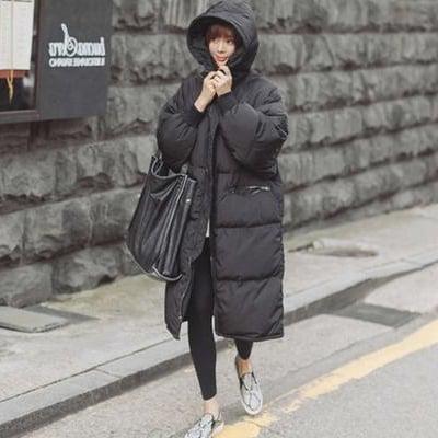 防寒性抜群 韓国スタイル 秋冬コートジャケット 中綿ジャケット レディースファッション 女性用 ジャケット 綿コート アウター ロングタイプ ジャンパー スタイル 綿ジャケット フード付き 膝下コート ブラック ビックサイズ