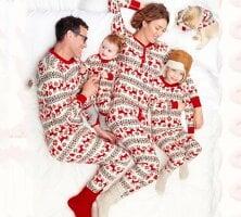 クリスマス 親子ペア パジャマ クリスマス プレゼント ルームウェア 家族お揃い 部屋着 親子ペアルック ウェア 寝巻き ナイトウェア パパ ママ キッズ ベリー 鹿のパターン二枚 クリスマス 親子ペア パジャマ クリスマス プレゼント ルームウェア 家族お揃い 部屋着 親子ペアルック ウェア 寝巻き ナイトウェア パパ ママ キッズ ベリー 鹿のパターン