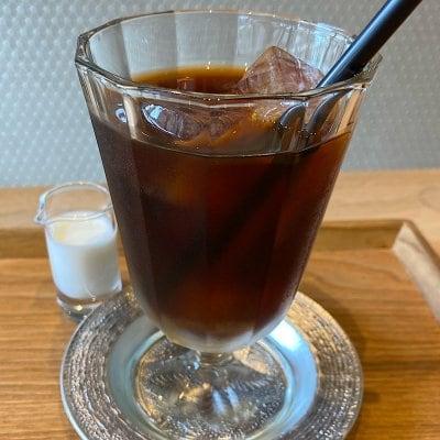 ウケるアトリエカフェ・水出しコーヒー(Ice)ミニお菓子付き