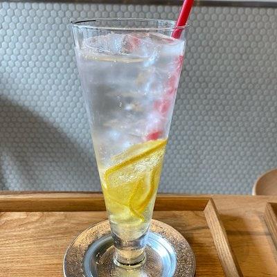 ウケるアトリエカフェ・レモンスカッシュ*ミニお菓子付き
