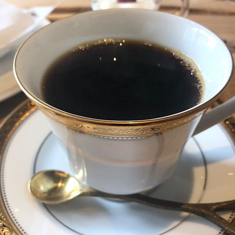 ウケるアトリエカフェ・デカフェコーヒー(Hot)*ミニお菓子付きのイメージその1
