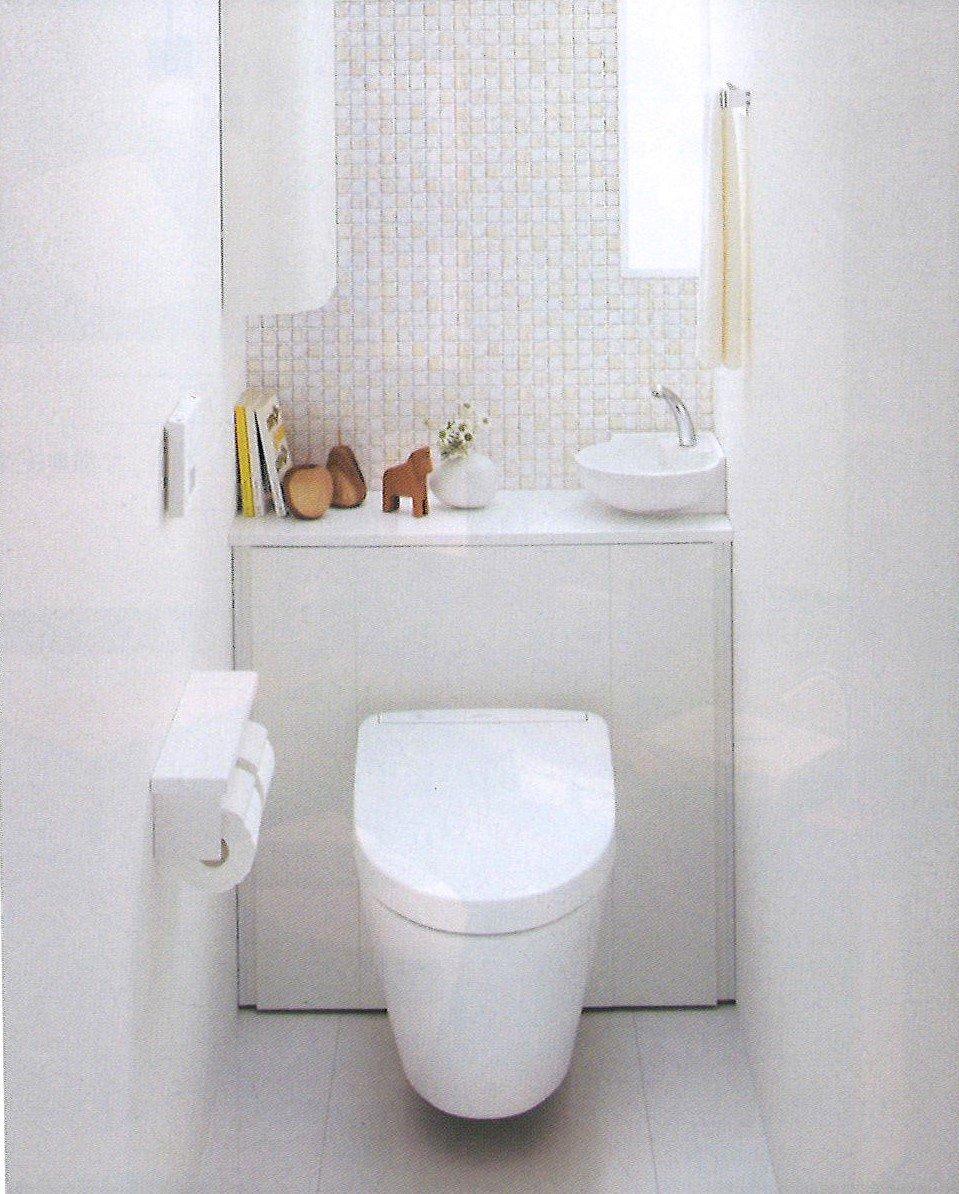 TOTO住宅用システムトイレ トイレの全面リフォーム 鮫島工業施工 0.4坪 施工費込 リフォーム商品プランのイメージその1