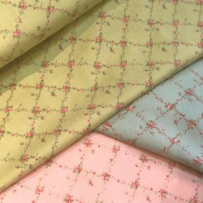 modaファブリック 110cm×50cm〜CAROLINE|花柄 ラティス(ブルー・ピンク・グリーン)FLORAL LATTICE