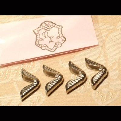 イタリア製コーナー金具(角金)■ニッケル大サイズ4個入り★カルトナージュの材料にどうぞ!【バインダー 金具 binder】