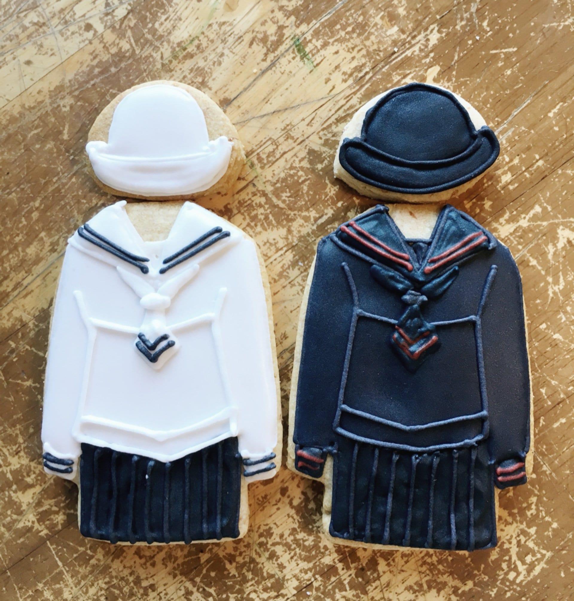 【個人様向け】モロ様 オーダーアイシングクッキー(制服)のイメージその1