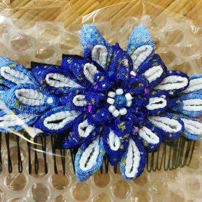 髪飾り フラワーコーム ブルー つまみ細工