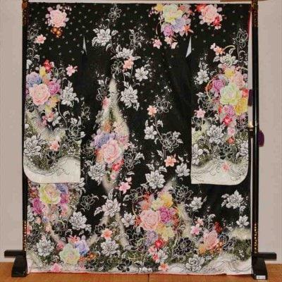 中振/黒地にバラと小花(正)泉友彩 2370-160