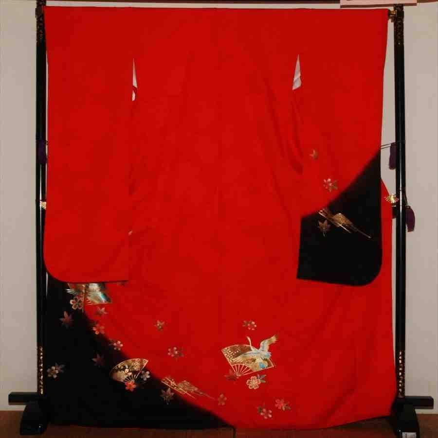 中振/赤地  裾黒扇に鶴  636(カ)袖丈108 2331-020のイメージその1