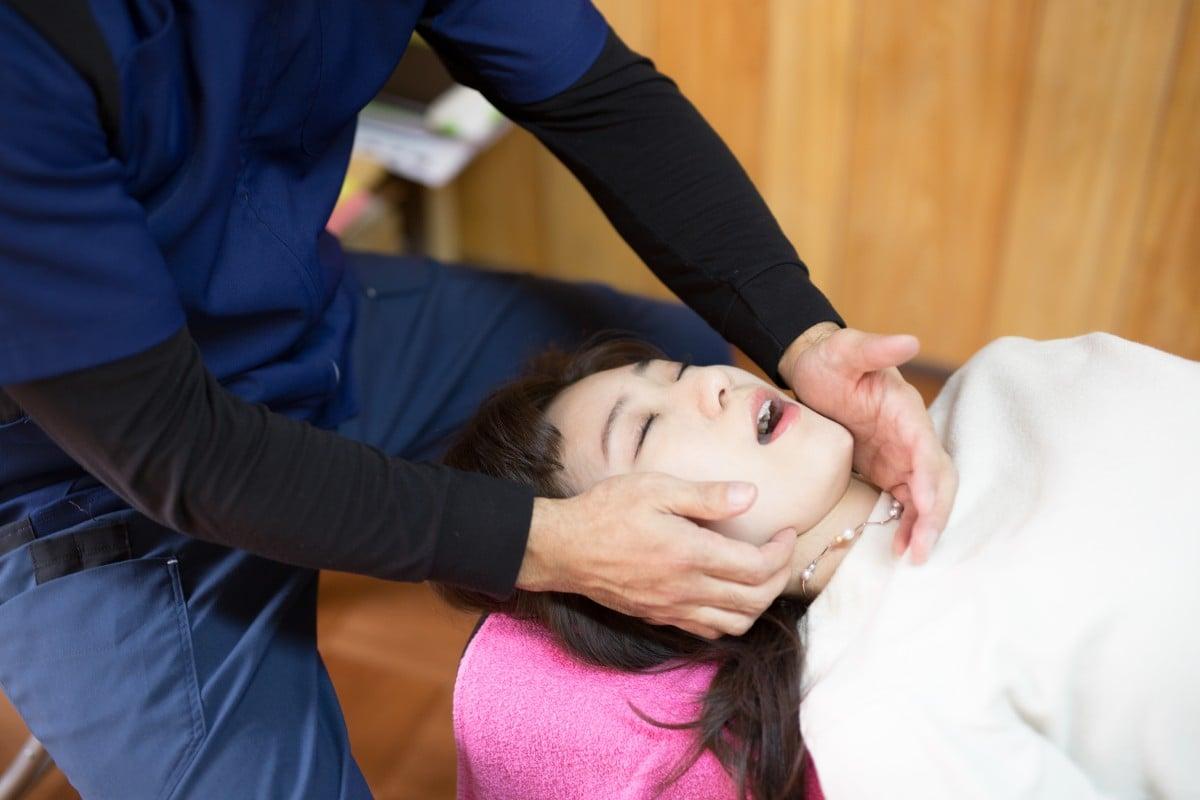 つらいあごの痛みを身体全身から整えてスッキリ改善する顎関節症全身整体のイメージその1