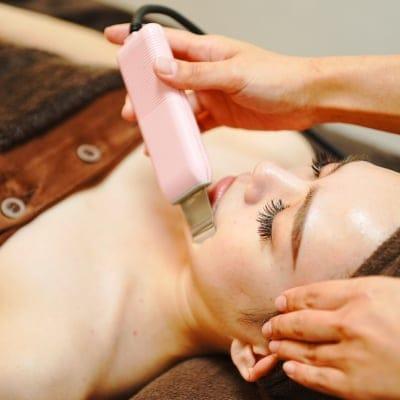 【初回価格】毛穴レス洗浄+顔脱毛+フォトフェイシャル
