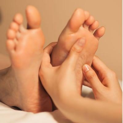フットバランスリフレ&足の測定