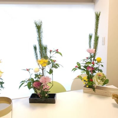 お正月用に華やかで縁起の良いお花を一緒に作りませんか?初心者歓迎です!