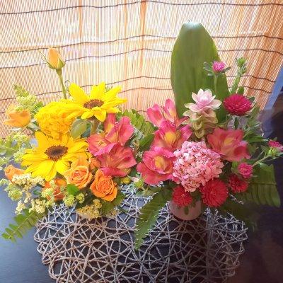 お花から元気をもらおう!華道家が生けたお花を家に飾りませんか?