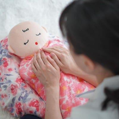 生後3ヶ月未満の赤ちゃんとママ用・おくるみタッチケアレッスン