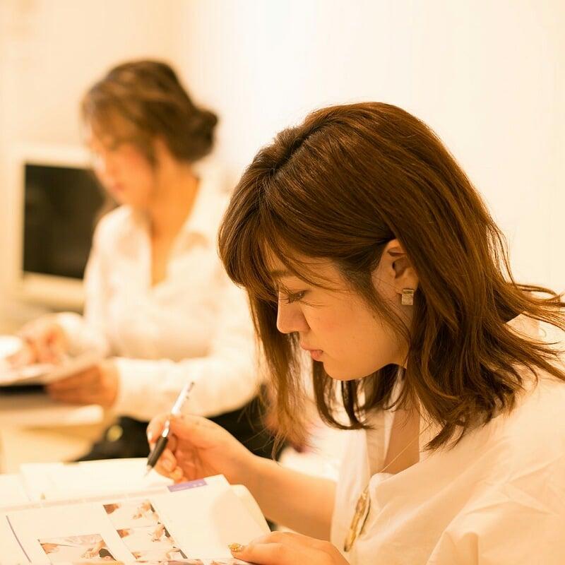 眉毛エクステ認定講師コース講習(2日間計10時間)のイメージその1