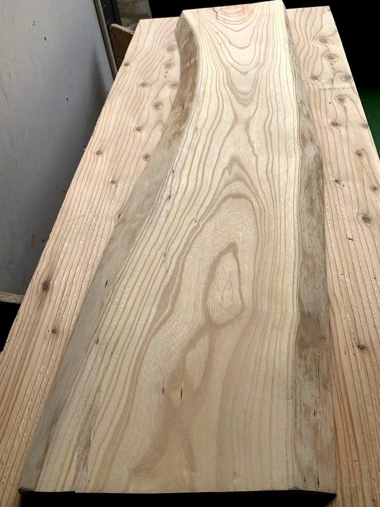 欅一枚板カウンターテーブル のイメージその3