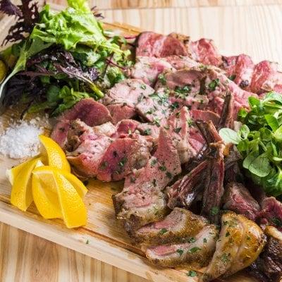 ディナー・お肉3種盛半額★