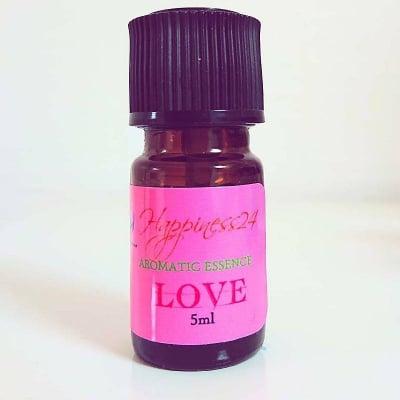ハピネス24ブレンドオイル【love】〜全ての幸せは愛から〜5ml